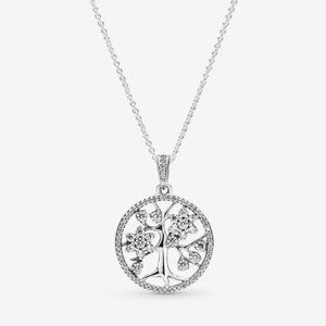 🏮 Pandora Sparkling Family Tree Necklace